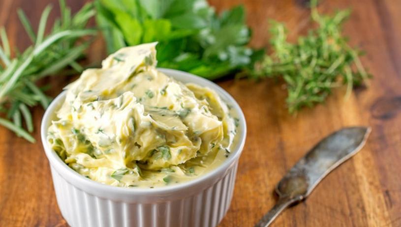10 handige tips om overgebleven kruiken te gebruiken, kruiden boter