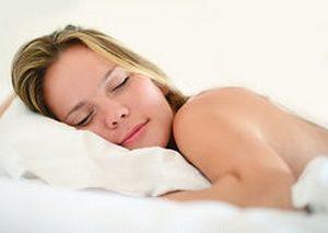 Door na te denken over wat je blij maakte ga je op een fijne manier slapen.