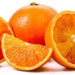 Veel groenten en fruit, vooral citrusvruchten kunnen de hoeveelheid citraat in je urine verhogen, waardoor het risico op nierstenen wordt verlaagd.