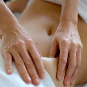 de Chi nei Tsang, CNT, massage is een zachte, diepe en krachtige buik massage
